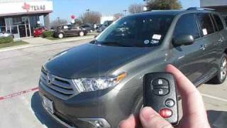 Toyota Highlander 2011 Videos