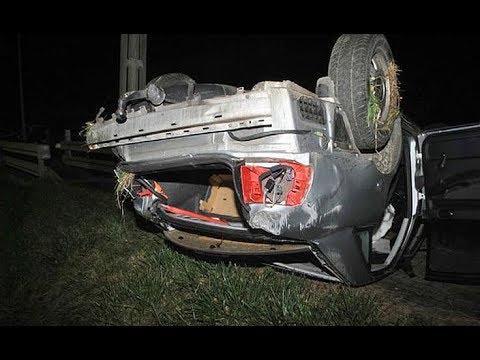 19-letni pasażer nie żyje, jego rówieśnik jest w ciężkim stanie