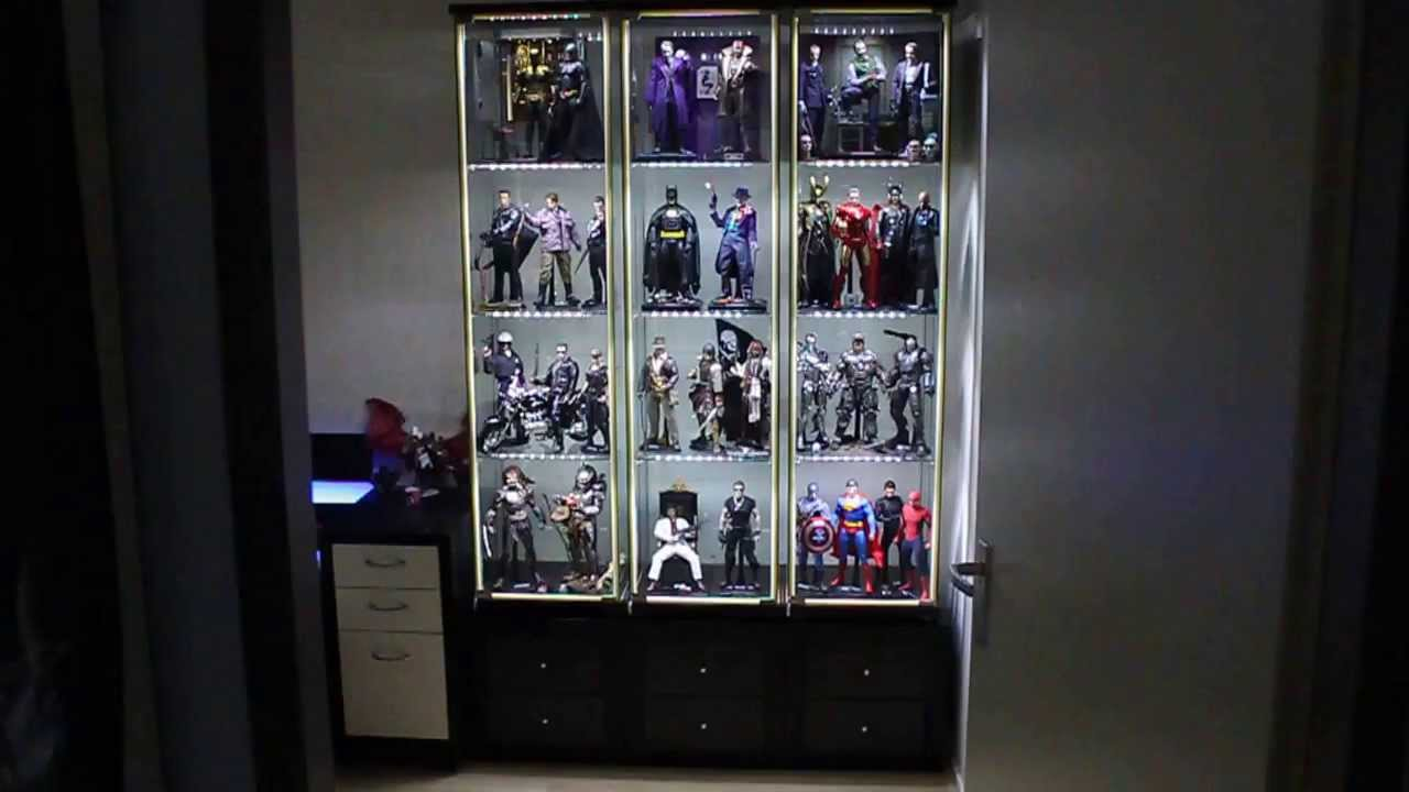 Hot toys detolf display cabinet tips part 2 raising your detolfs youtube - Vitrine en verre ikea ...