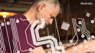 Mashable по-русски: Голографический 3D проектор