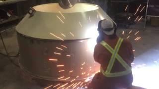 видео Заказать изготовление емкостей и резервуаров из металла, стальные емкости