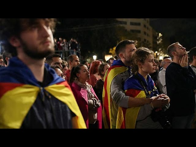 """Catalans back a """"yes"""" vote for independence"""