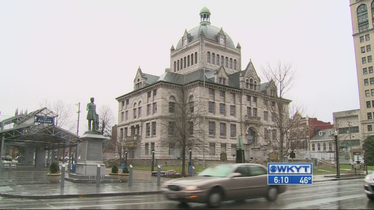 Efforts continue to save old Fayette County Courthouse