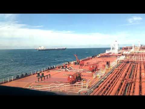 Ship to ship operation - mooring/unmooring - time-lapse