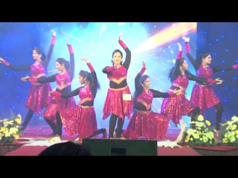 2nd Prize Winners - Group Dance - Team Muthoot Microfin - Female