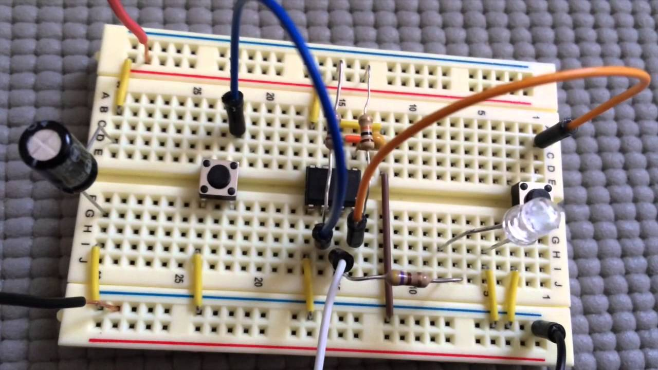 Bistable 555 Timer Flip Flop Youtube Circuit Controlled By Sound Schematic Diagram