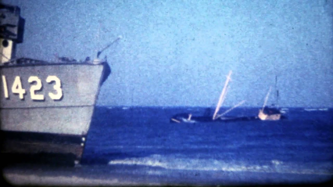 Vintage 8mm footage of a long forgotten Shipwreck on LBI