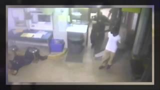 مشاعر إنسانية تدفع مجرم لإنقاذ شرطي من نوبة قلبية   فيديو