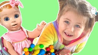 Emma pretend play with Baby and Parent 🙈 동요와 어린이 노래 | Kids Song