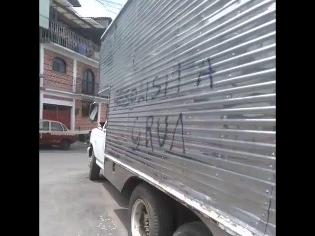 Camión abandonado