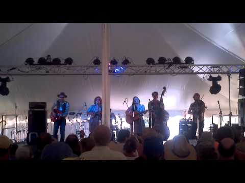 "Sweetback Sisters at Green River Festival 2012 - ""I've got a bulldog"""