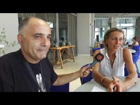 LIVE: H ερμηνεύτρια, σκηνοθέτιδα και χορογράφος Αποστολία Παπαδαμάκη στο e-evros.gr