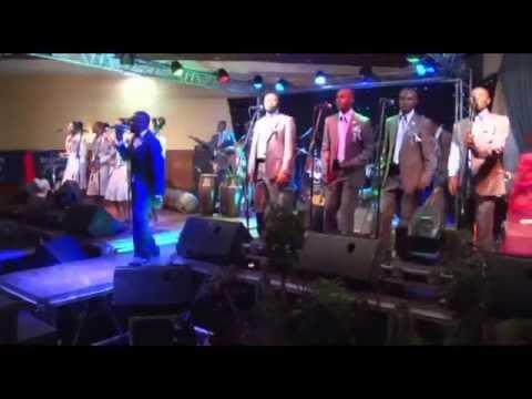 AZALI SE YE MOKO (live) / KIN-EXPRESS Productions