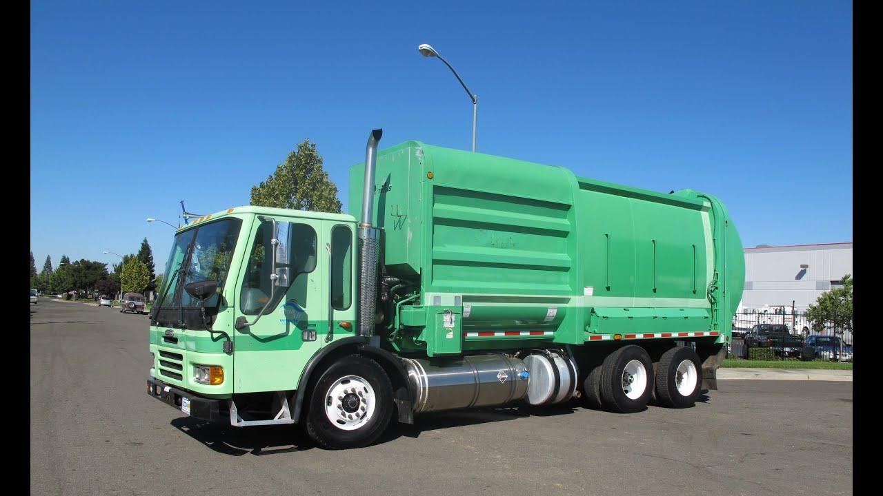 2002 Freightliner Mcneilus Autoreach Garbage Truck Youtube