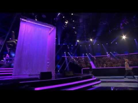 Jonas Pütz - Diamonds | The Voice of Germany 2013 | Blind Audition