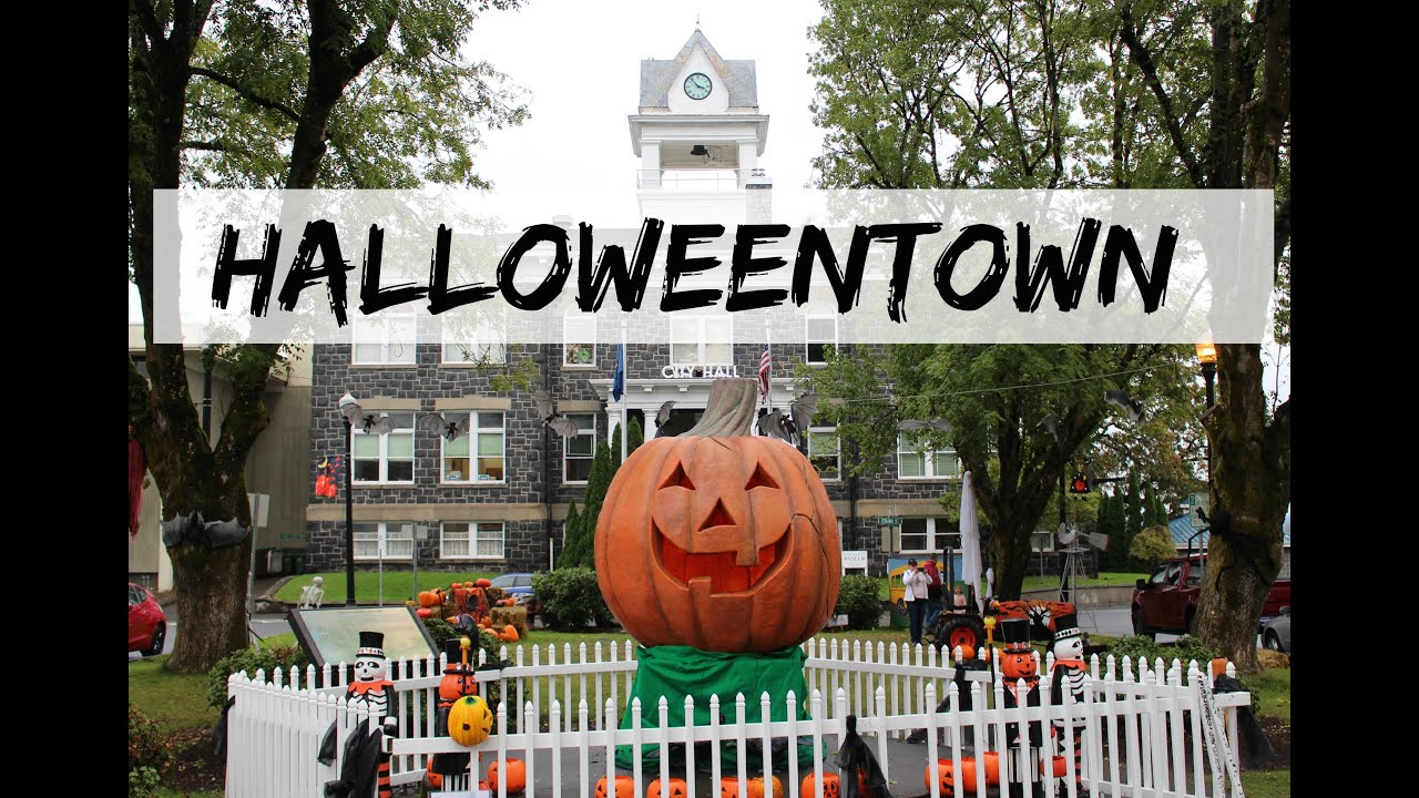 halloweentown movie review