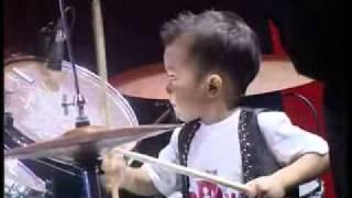 Elonoe Budiman - Drummer Cilik 3 tahun di Semifinal I Indonesia