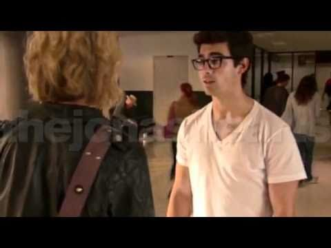 Chelsea Staub And Joe Jonas Kissing Joe Jonas Chelsea Stau...