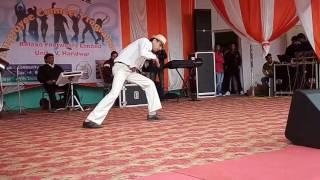 Muqabla Muqabla Prabhu Deva Performed by Jitendra Saxena on Relaxo Footwear