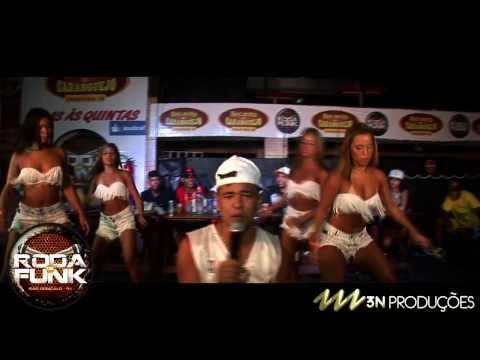 MC Bruninho e as Meninas do Funk :: Ao vivo na Roda ...
