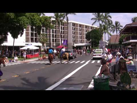 Hawaii County Mayor Billy Kenoi Walks In 2009 Kamehameha Day Parade