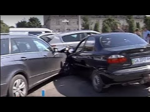 ТРК ВіККА: Черкаський водій розповів, як протаранив три автівки й збив пішохода