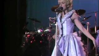 Madonna - 03. True Blue (Who's that Girl World Tour)