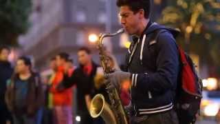 """Bản cover """"Let Her Go -Justin Ward"""" saxophone tenor quá đỉnh của nghệ sĩ đường phố"""