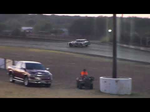 Superbowl Speedway Heat Race 10/7/17