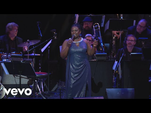 Ruthie Foster - Mack the Knife (Live at the Paramount)