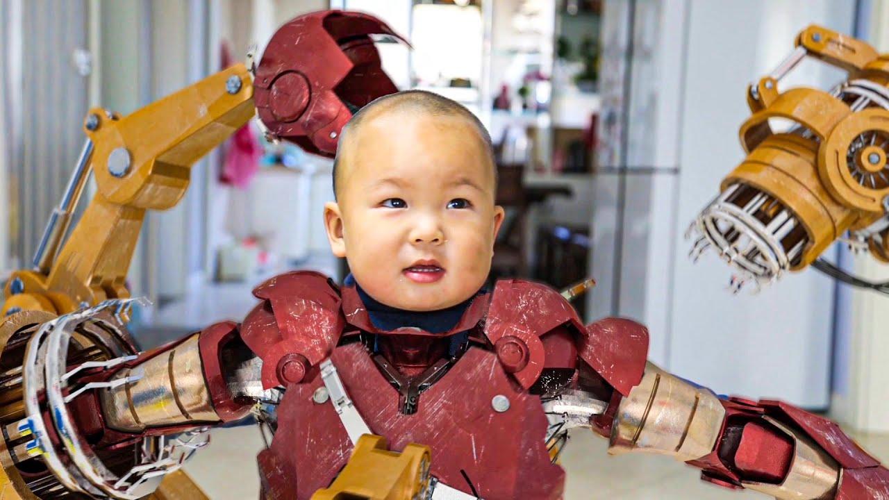 IronManBaby Vs.Dinosaur,is very Cool!小钢铁侠变身打恐龙