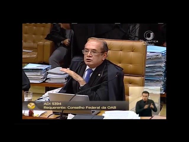 Bate-boca entre Gilmar e Barroso interrompe sessão do STF