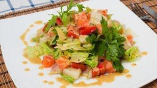 Овощной салат с рыбой.  Кастрюля. Рецепт.