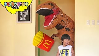 BAD DINOSAUR eats our lunch! Skyheart finds the T-Rex eating dinosaurs for kids