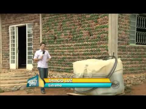 Pedreiro faz casa 'ecologicamente correta' com garrafas pet em MG