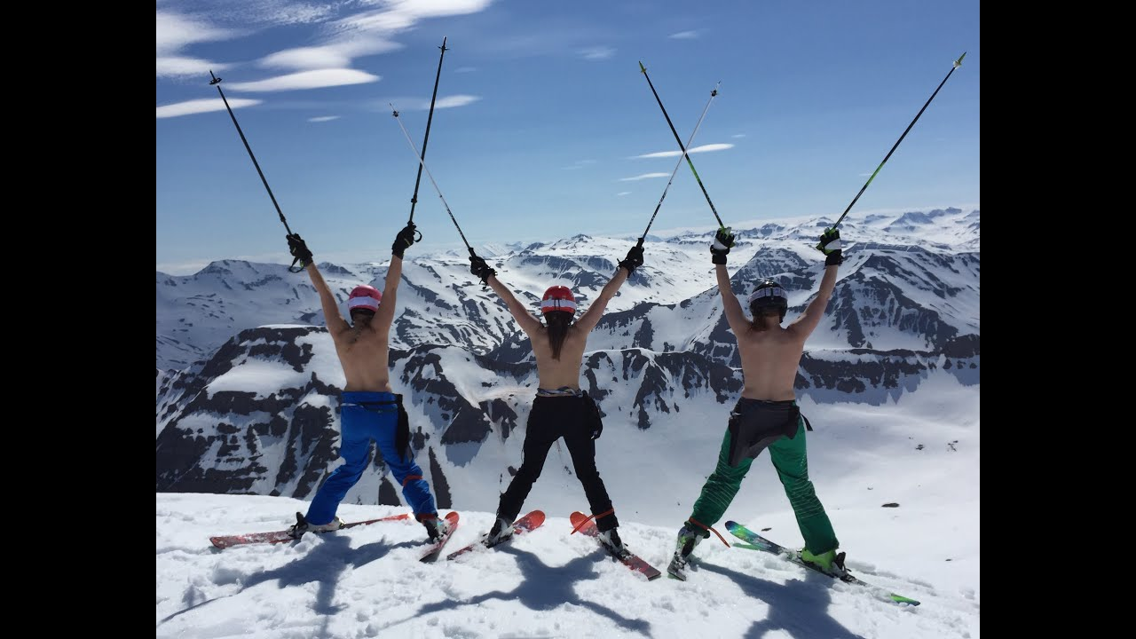 topless-photo-of-skier