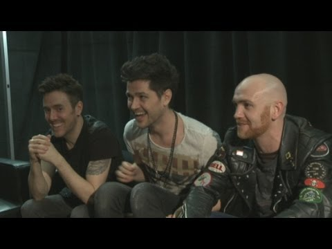 The Script joke about band member Glen's lack of a personal Wikipedia page
