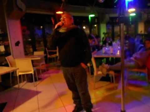 karaoke cascina petra 007 perdere l'amore massimo ranieri. canta giannimarle.