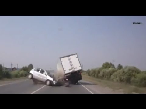 compilation d'Accident de voiture n°1