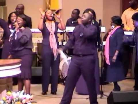Praises Led By Minister Nii Addo (Easter Convention) And Highlife Medley by Bro Kwame,