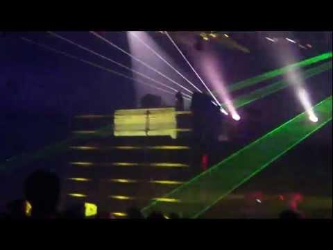 08/27/2011 - Wire 2011 Len Faki (main stage)