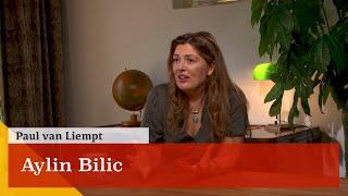 'Het woord identiteit kan ik niet meer horen.' Een gesprek met Aylin Bilic