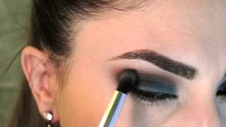 Turquoise and Gold Smokey Eye Thumbnail