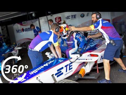 Formula E 360° Moments: Car Change!