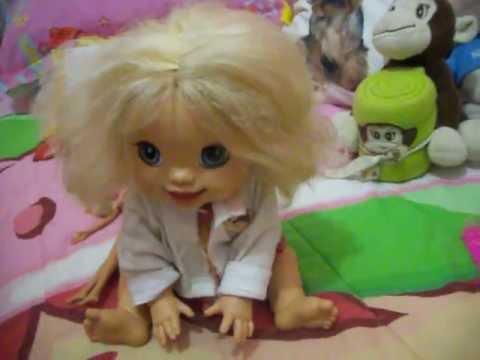 Melany não quer pentear o cabelo!...