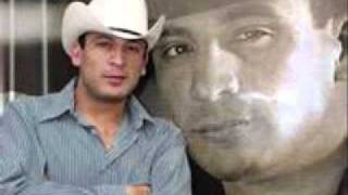 Watch Valentin Elizalde Nada video