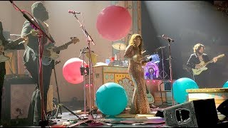 Jenny Lewis - Little White Dove (Cowbell! Balloons! Booty Shakin'!) [Live]