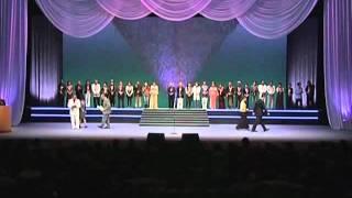 2010年に行われた 第20回 江戸川区長杯争奪カラオケ大会 表彰式の模様で...
