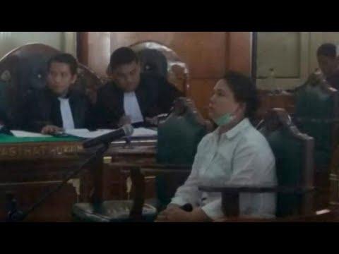 Keluhkan Volume Azan, Meiliana Divonis 18 Bulan Penjara