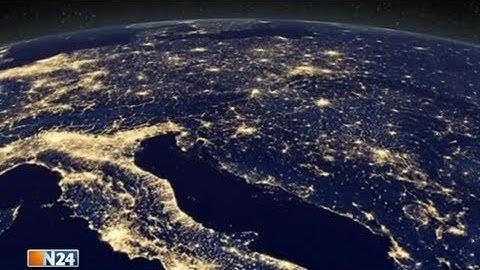 Erde wolkenlos - Neue, spektakuläre Satellitenbilder